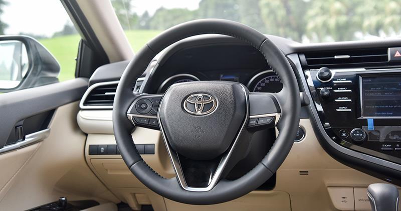 Toyota Camry 2.0 G 2020 - Toyota An Sương | LH: 0938 707 588