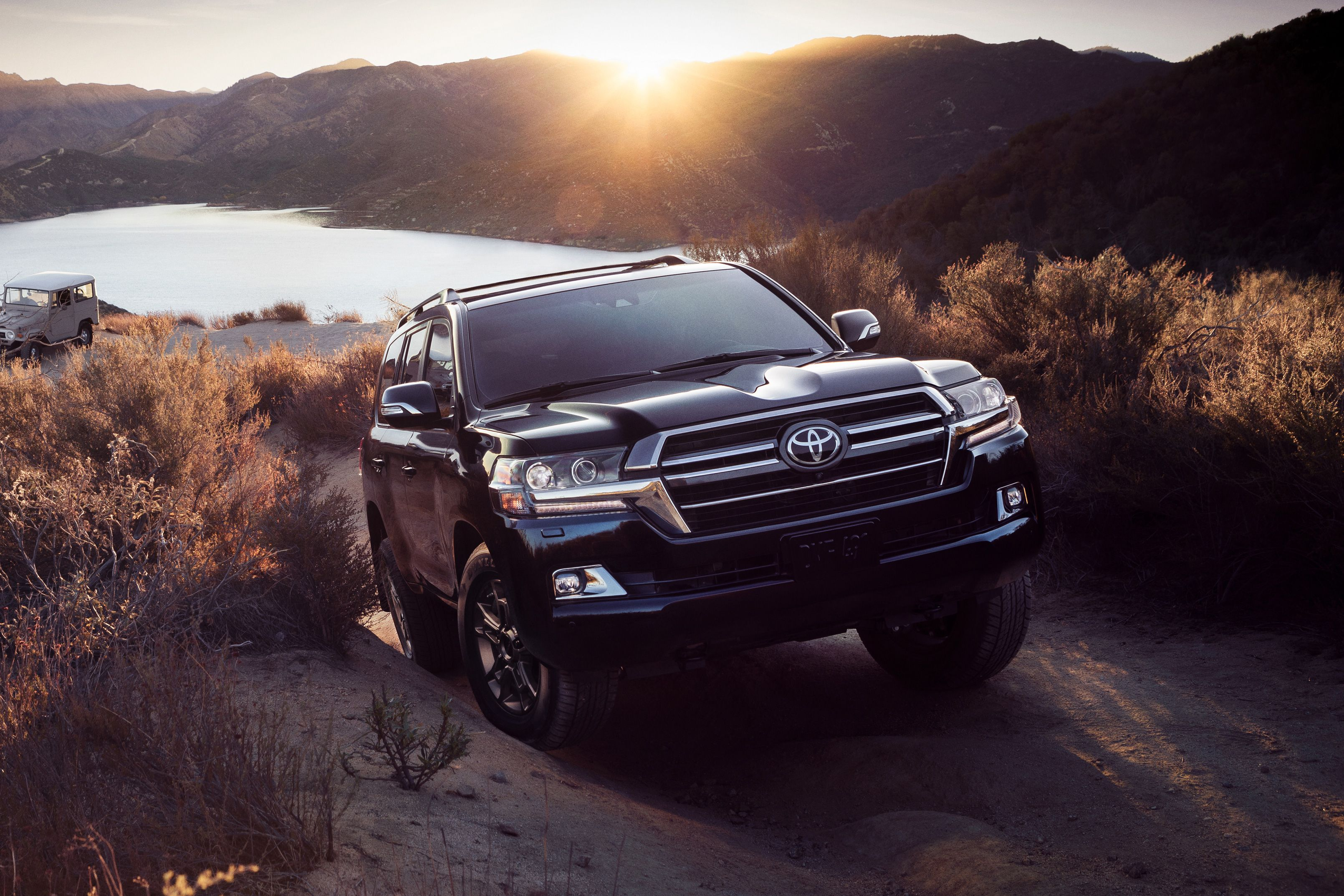 2021 Toyota Land Cruiser Review, Pricing, and Specs